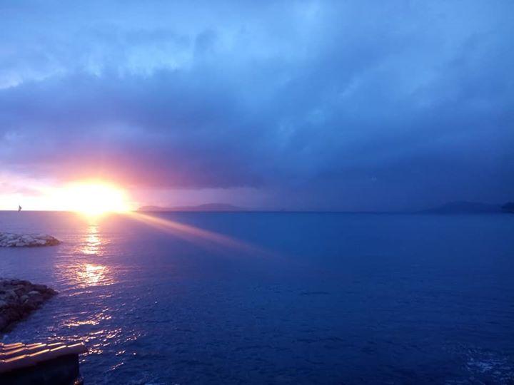 Les sunsets de cette semaine 😍👌 #clubnautiquedupradetlagaronne #...